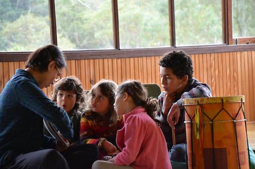 Melissa Vargas and children