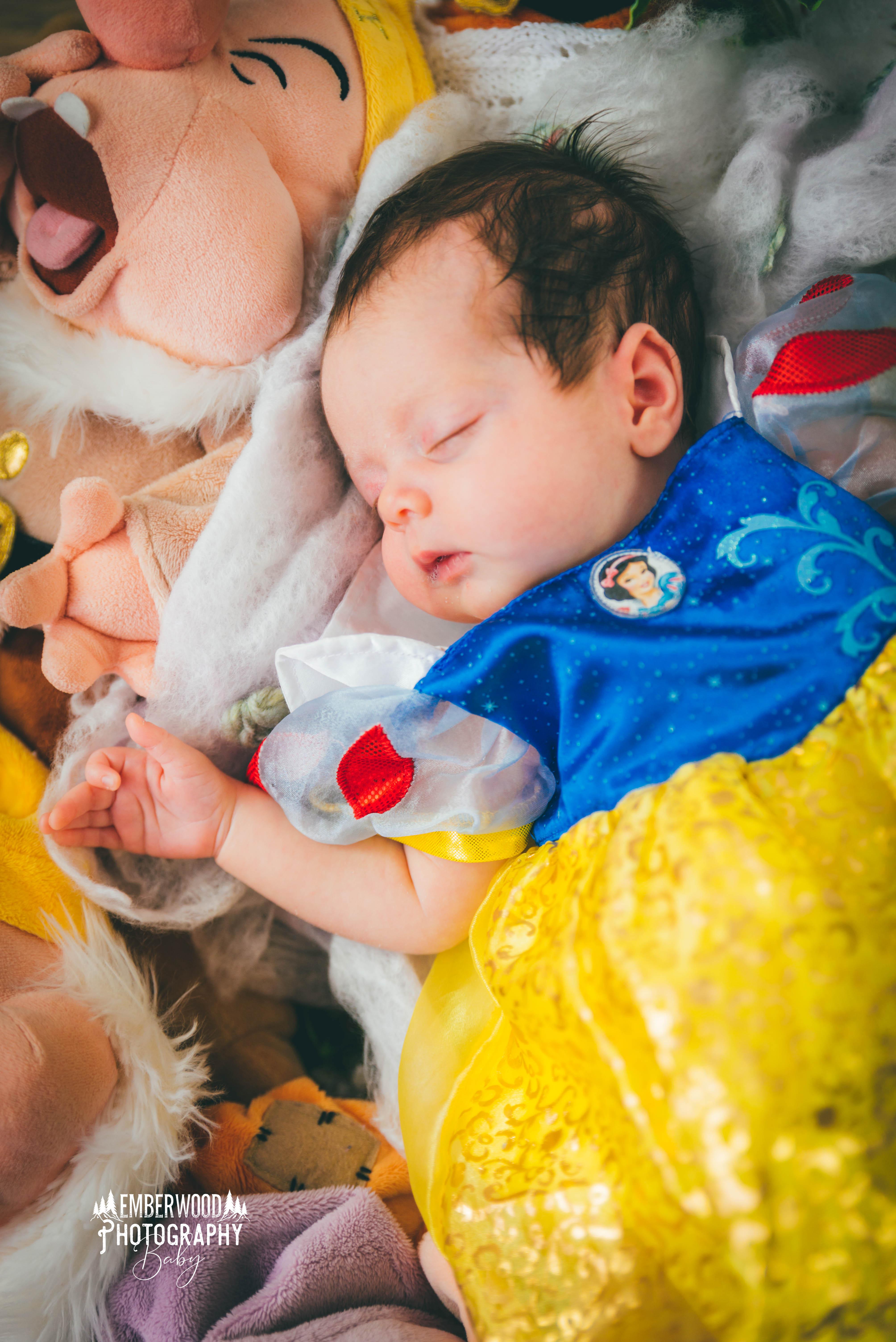 Tesni S Snow White Newborn Photoshoot