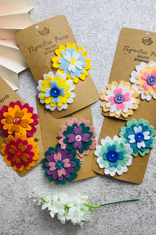 Felt flower hair clips