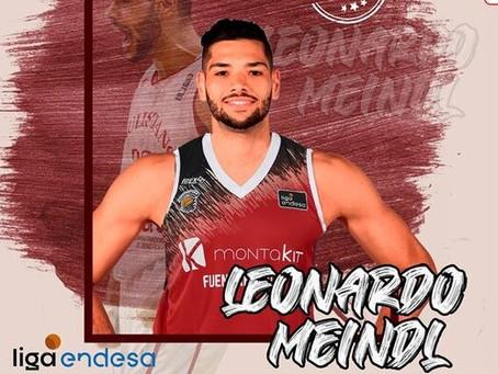 Fuenlabrada anuncia a contratação do lateral brasileiro Léo Meindl