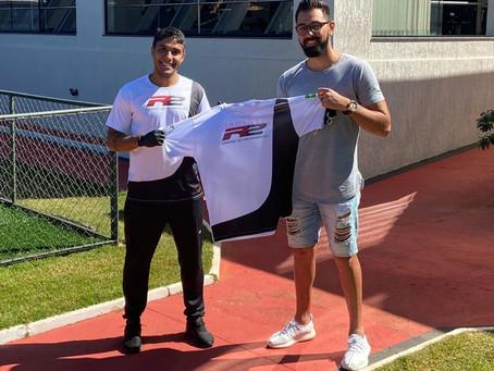 Rhuan Jesus fecha parceria com o CT R2 para treinar enquanto estiver em Brasília
