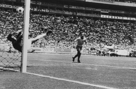 Pelé foi perfeito, mas Banks foi ainda melhor na defesa do século