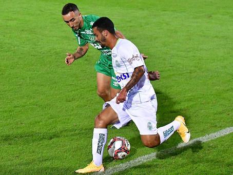 Meia/atacante Vitinho no Grêmio Sãocarlense
