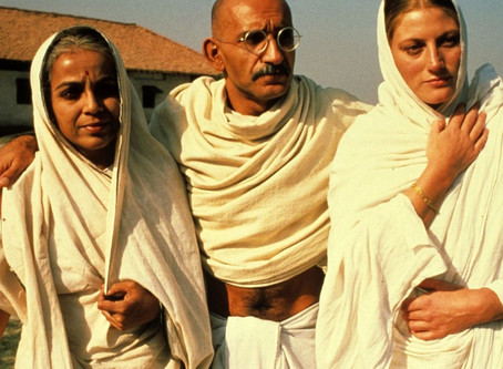 Review of Gandhi (1982)