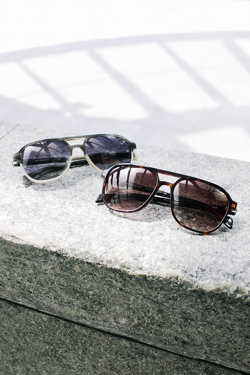Truth&All - Gull Sunglasses: Grey Wave TAGC4