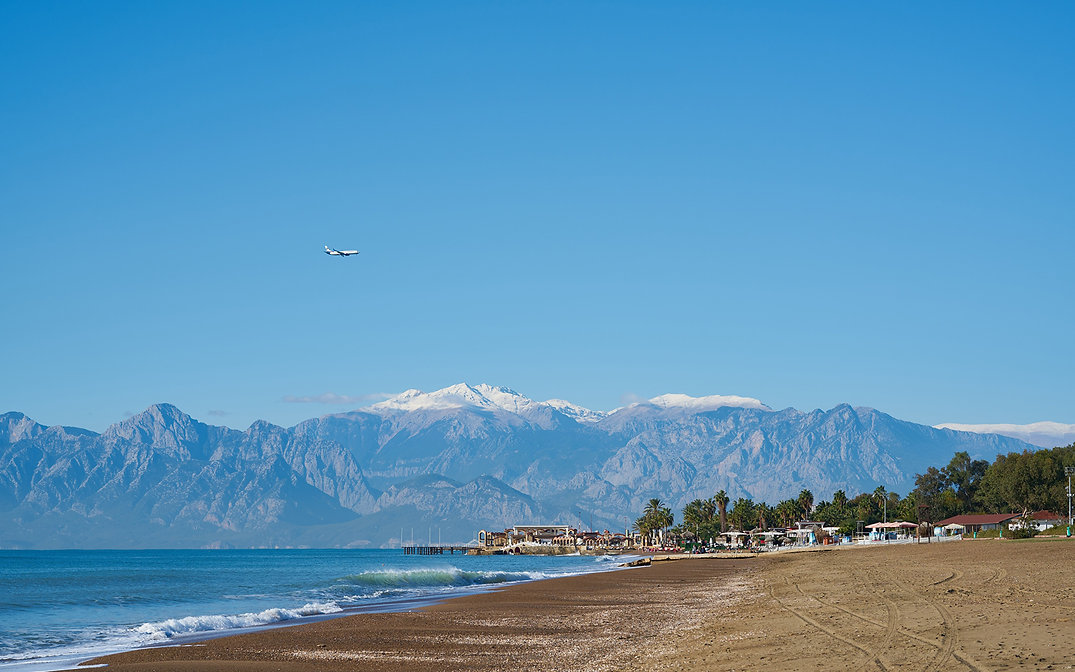 Turkey_Coast_Resorts_Mountains_Antalya_B