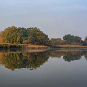 Őszi sziget a Tisza-tavon