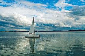 Catamaran_1600px.jpg