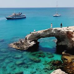 Szikla boltív, Cyprus