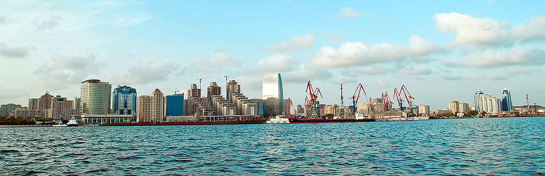 View of Baku from the sea_2_crop_1200px.