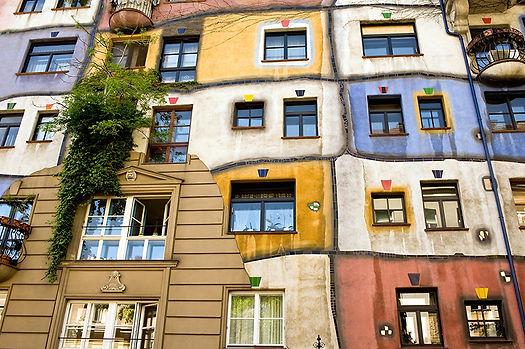 Hundertwasser House 2_800px.jpg