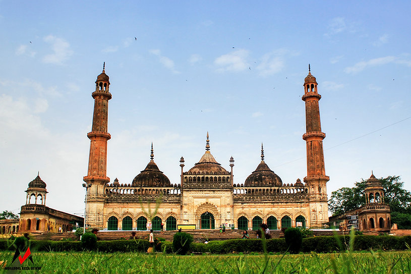 Asifi Masjid in Lucknow_1200px.jpg