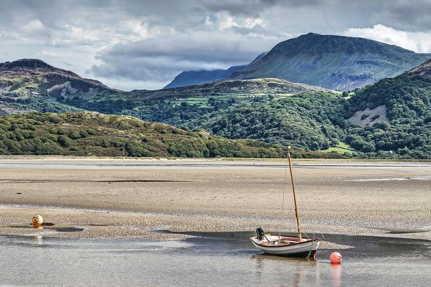 """Mauddach Estuary and Cadir Idris"" by George Evans"