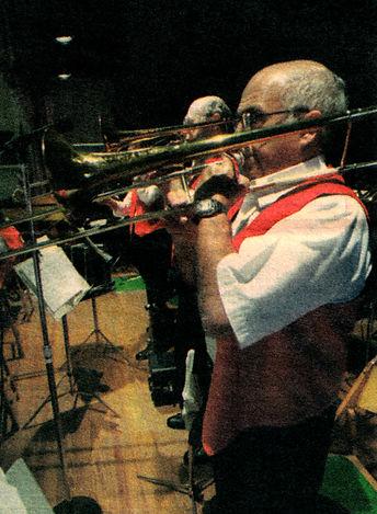 band  horn.jpg