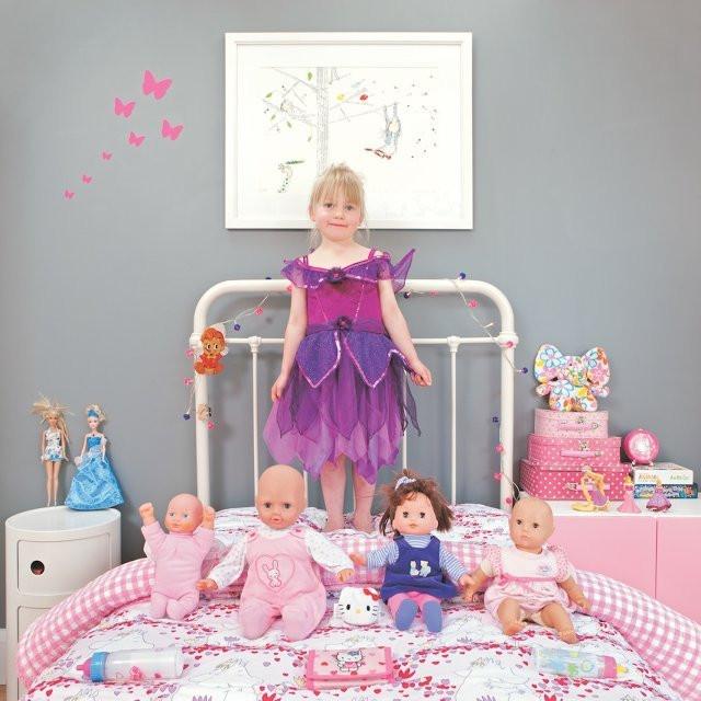 3028238-inline-s-children-pose-11