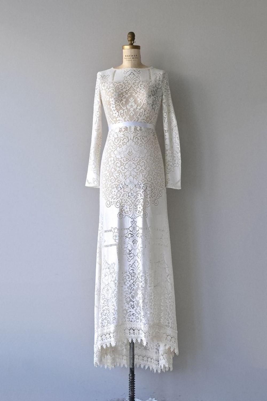 dear-golden-vintage-wedding-dresses-04
