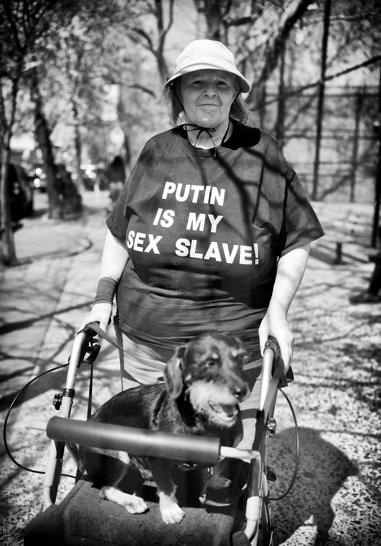 140428_Putin_Sex_Slave_001