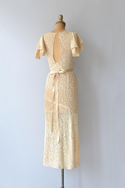 dear-golden-vintage-wedding-dresses-07
