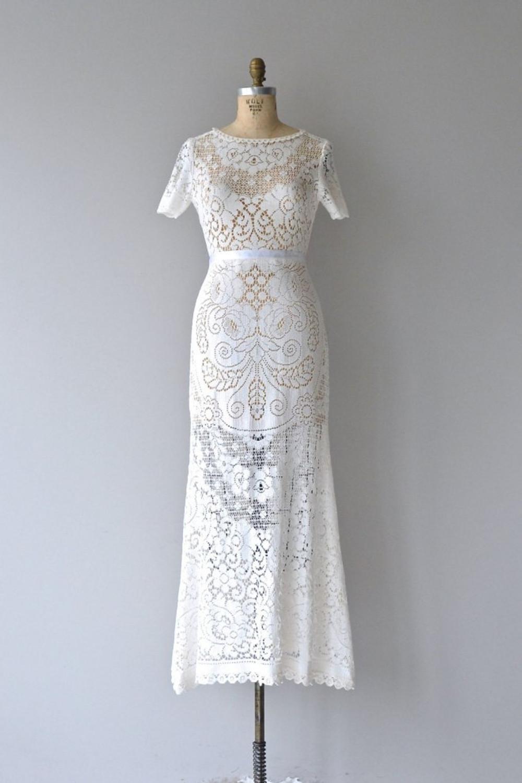 dear-golden-vintage-wedding-dresses-01