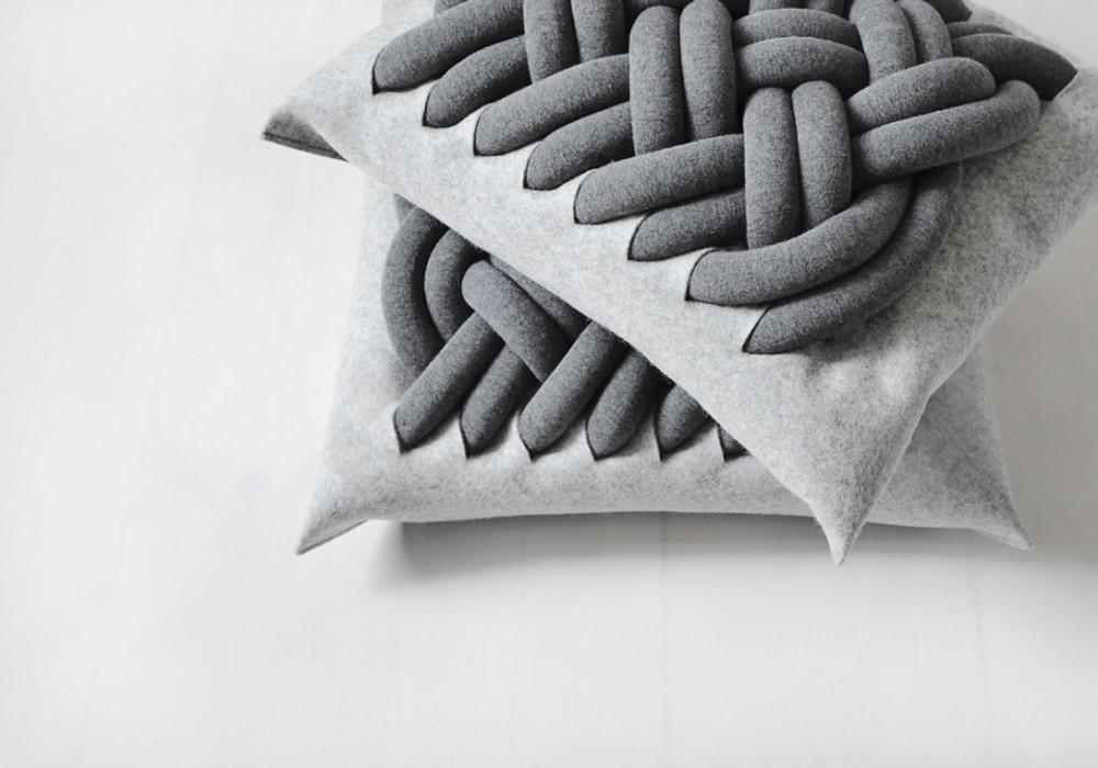 Knotty_pillows_5__20160.1374185583.1200.1200