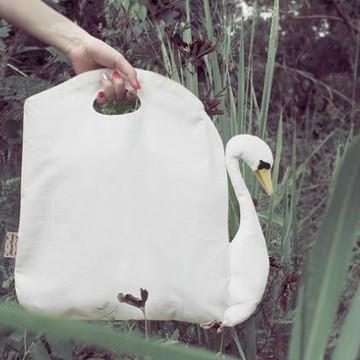 Must-Have: Swan Bag