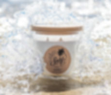 Elume Surf Candle Close up.jpg