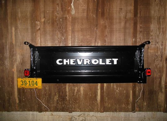 BLACK Chevrolet Tailgate Bench, deluxe