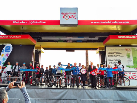 🇩🇪 1.600km - Plan International Challenge   Deutschlandtour – für Chancengleichheit.