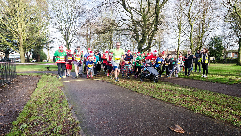 The start of the 5k Santa race