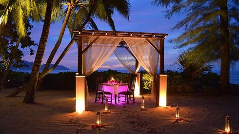 rsr-romantic-set-dinner.jpg