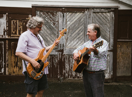 Stage Left: Local Music Duo, Wooden Ships