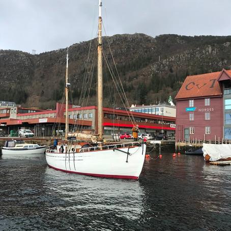 23) Anna is Sailing under Sails