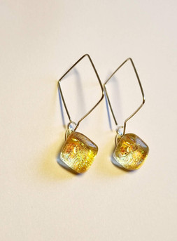 Boucles d'oreilles hooked, jaune/ or