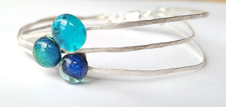 Bracelet bleu, triple