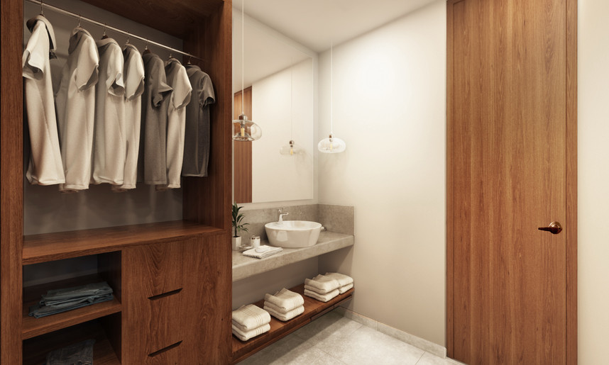 Closet TH.jpg