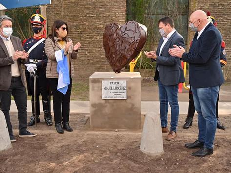 Inauguraron en San Lorenzo el paseo Miguel Lifschitz