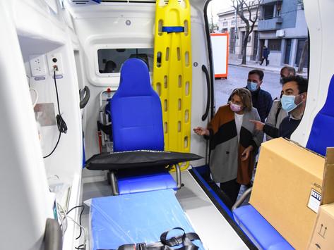 Provincia entregó ambulancia de alta complejidad en Baigorria