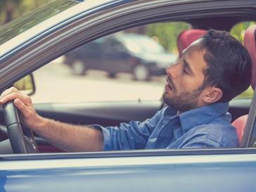 Dormir poco o mal: un gran peligro al volante