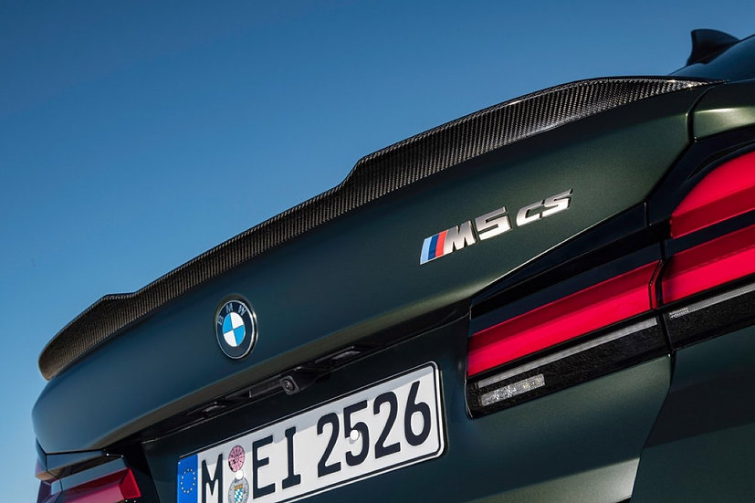 F90 M5 CS Carbon Rear Spoiler Boot Lip