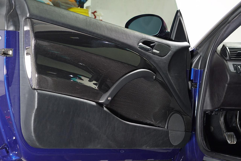 E46 M3 CSL Carbon Door Panels - Karbonius