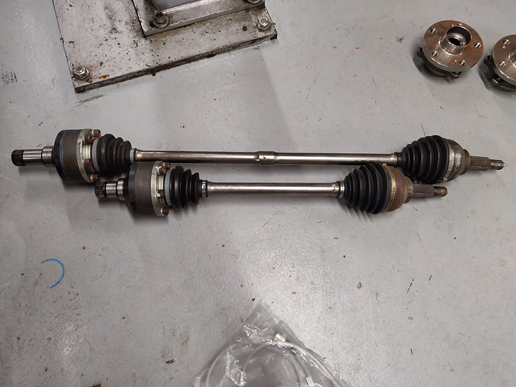 Clio 3 Cup Racer Driveshafts