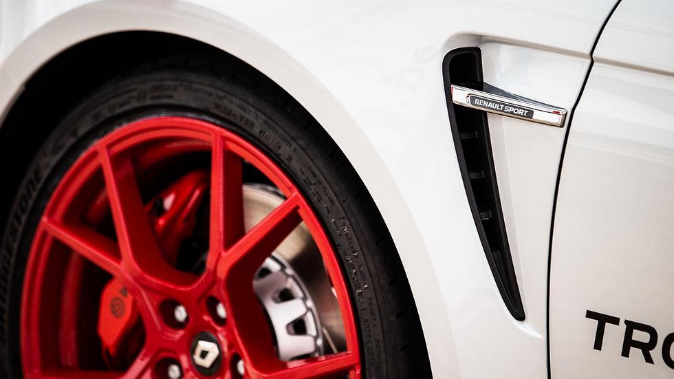 """Megane IV RS Trophy-R - Fuji Light 19"""" Red Wheels"""