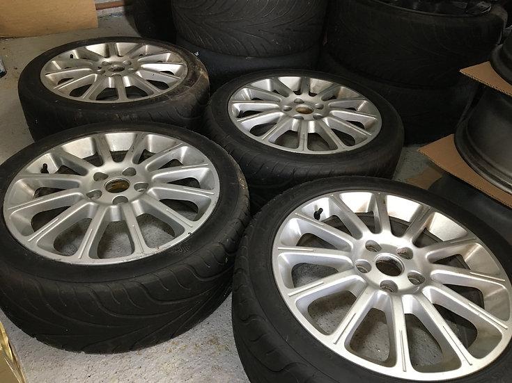 Clio 197/ 200 Wheels & 595RSR Tyres