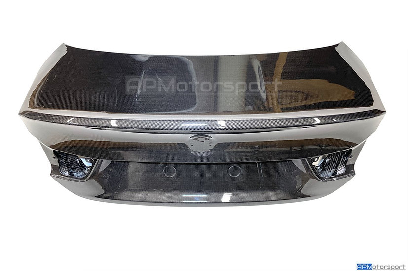 F82 M4 Bootlid Trunk - Carbon