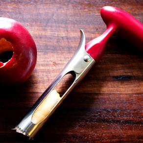 5 приспособлений для удаления сердцевины яблок