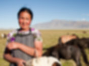 Local_Mongolian_woman-[8170]_©Cam_Cope.j