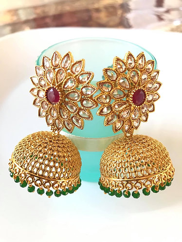 Gold plated earrings with stones