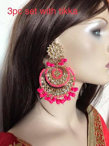 Big kundan earring with tikka