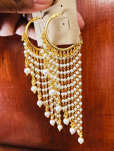 Gold plated earrings with pearl