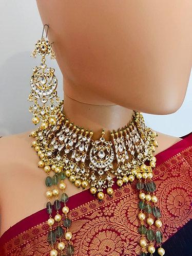 Choker set and earrings. Ahmedabadi kundan with gold plated coper necklace set!!